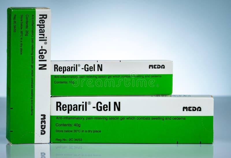 Reparil胶凝体N Aescin和二乙胺水杨酸胶凝体安多激动的,解除与膨胀交战的aescin胶凝体的痛苦 免版税库存图片