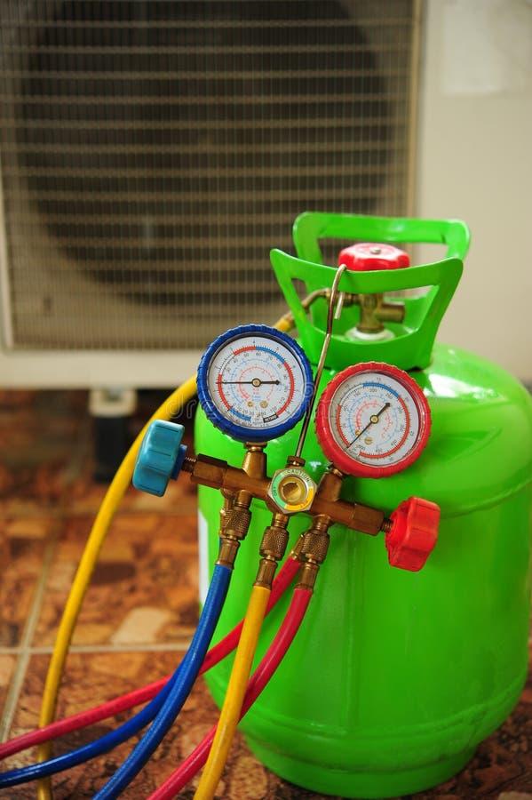 Reparo do condicionador de ar imagem de stock