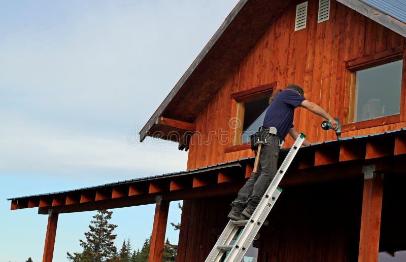 Reparos do telhado fotografia de stock