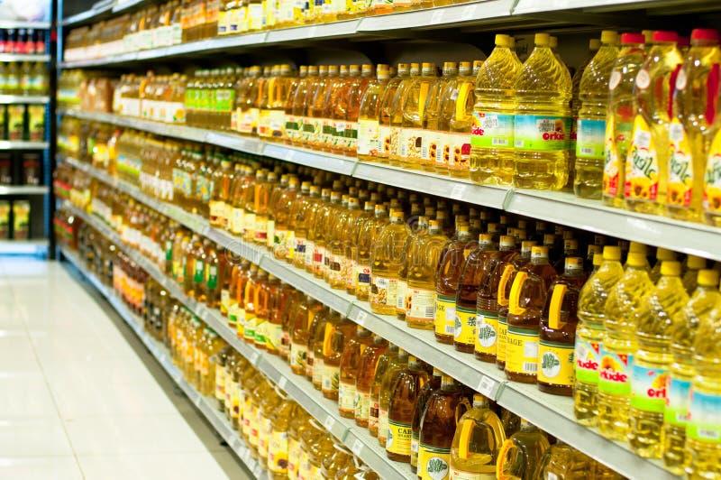Reparto dell'olio da cucina immagini stock libere da diritti