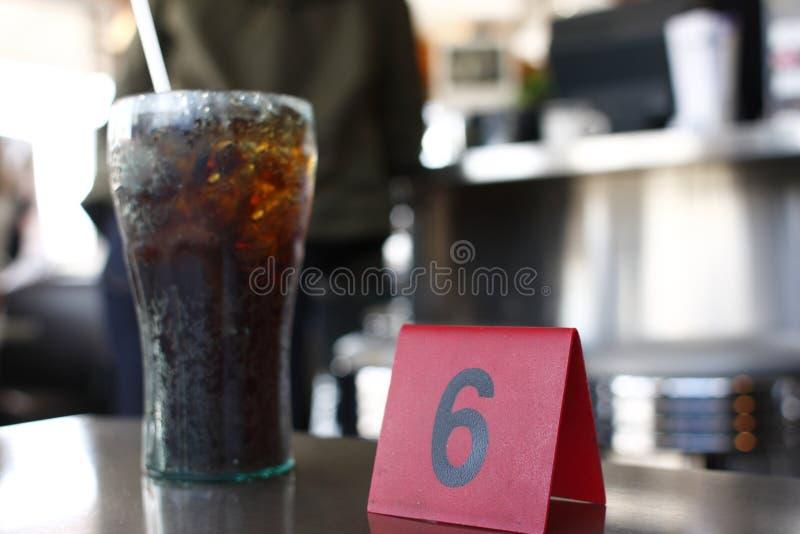 Repas de attente au wagon-restaurant photos libres de droits