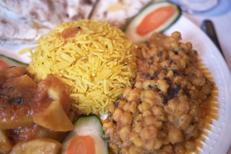 Repas indien végétarien assorti image libre de droits