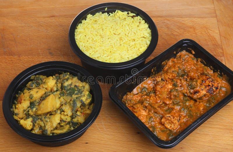 Repas prêt indien de cari et de riz images libres de droits