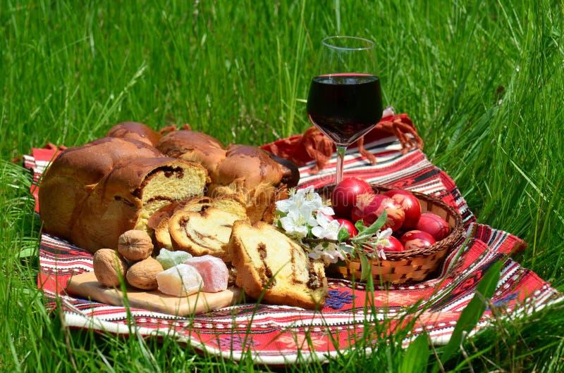 Repas traditionnel de Pâques photo libre de droits