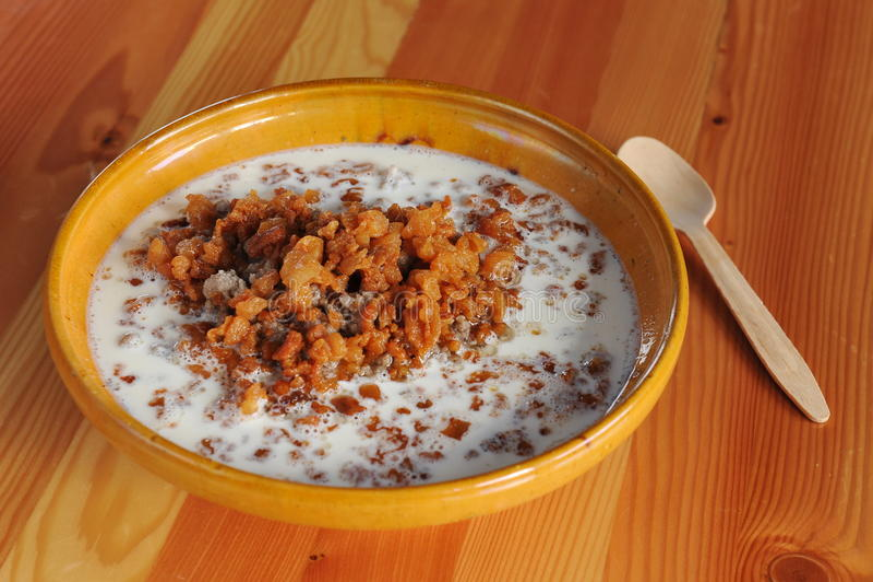 Repas traditionnel slovène de sarrasin photographie stock libre de droits