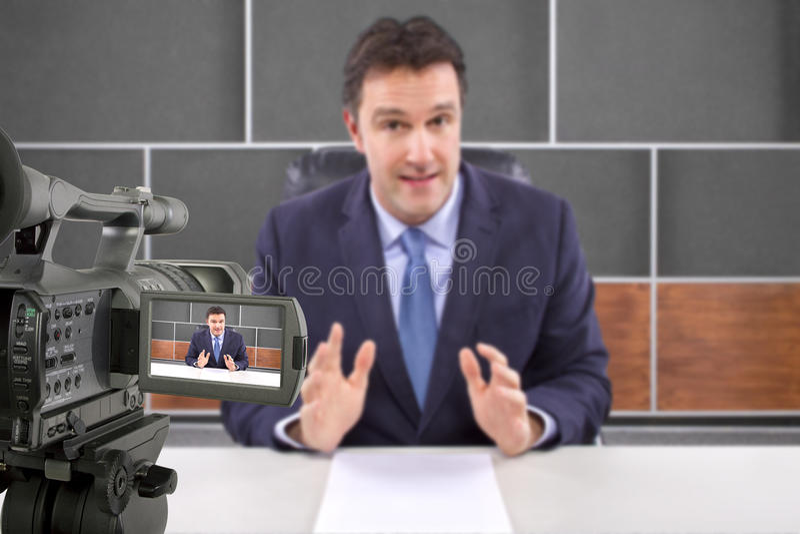 Reportero de la película de la cámara del estudio foto de archivo