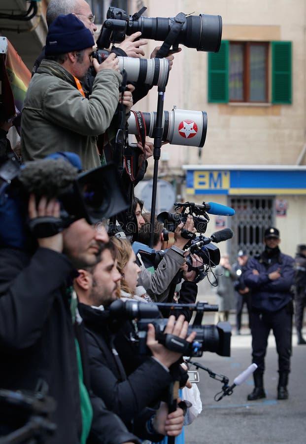 Reporteros en el trabajo foto de archivo libre de regalías