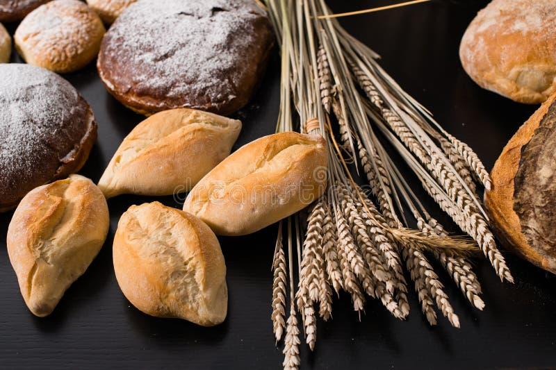 Repostería y pastelería deliciosa, pan italiano tradicional Ciriola Romana foto de archivo libre de regalías