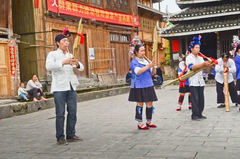Représentation de personnes de minorité de Dong photographie stock libre de droits
