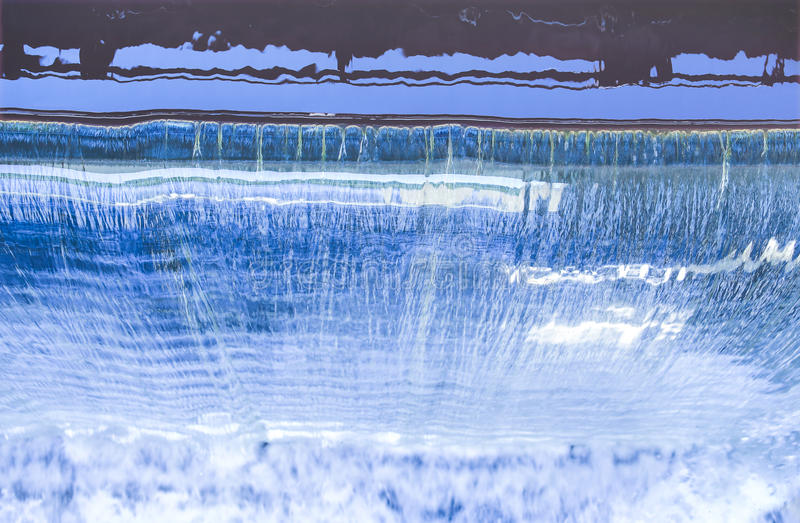 A represa cai vista superior imagens de stock royalty free
