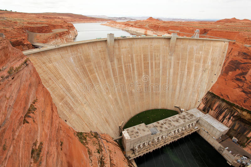 Represa de Hoover e hidromel do lago fotografia de stock royalty free