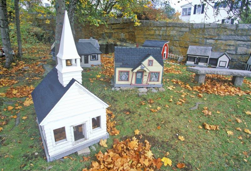 Reproducción miniatura de la ciudad de Nueva Inglaterra en el otoño, Stonington, YO imagen de archivo libre de regalías