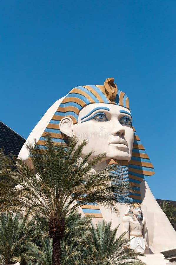 Download Reproduction de sphinx image stock. Image du statue, visage - 87708249