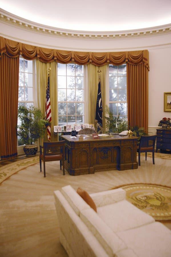 Reproduction du bureau d'ovale de la Maison Blanche image stock