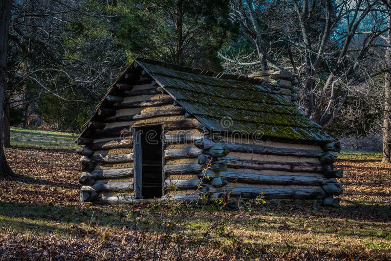 Reproduction hut at Valley Forge PA USA. Reproduction hut similar to those used by Revolutionary War soldiers during the winter of 1777-78 at Valley Forge stock photo