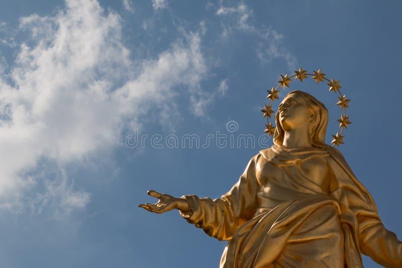 Reproduction parfaite de statue de Madonnina image libre de droits