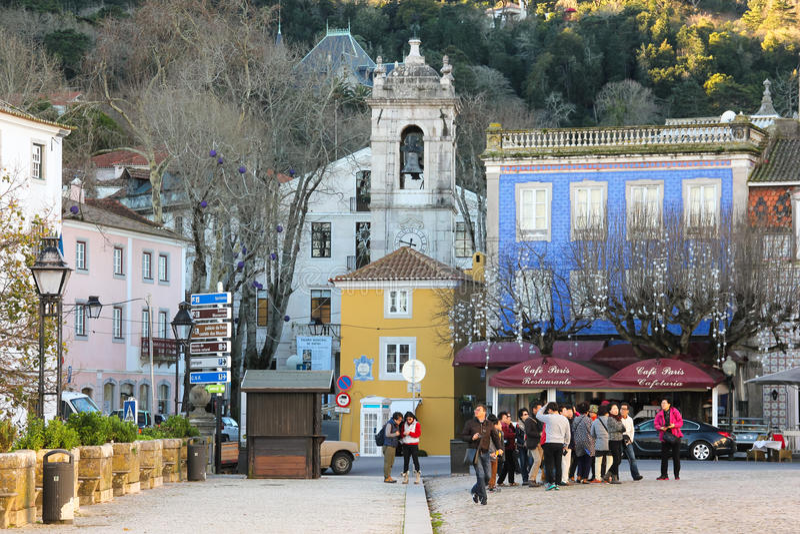 Republica kwadrat przed Krajowym pałac. Sintra. Portugalia zdjęcia stock