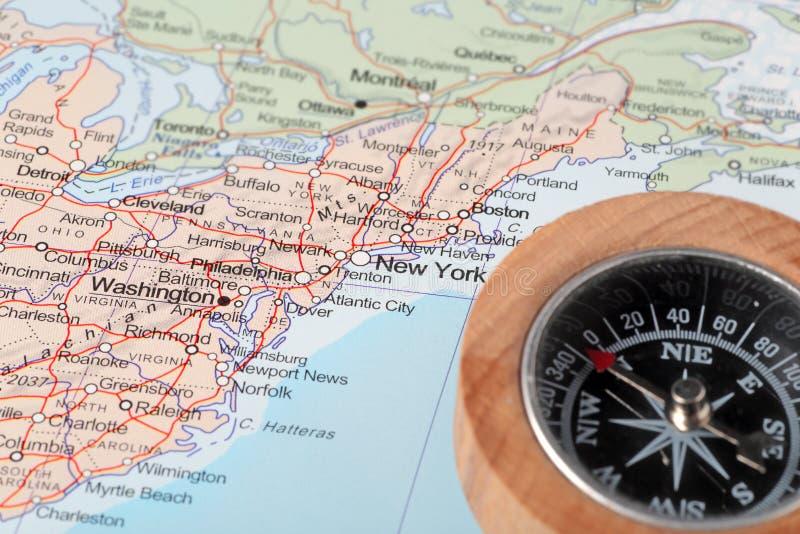 Resa destinationsNew York Förenta staterna, översikt med kompasset arkivbild