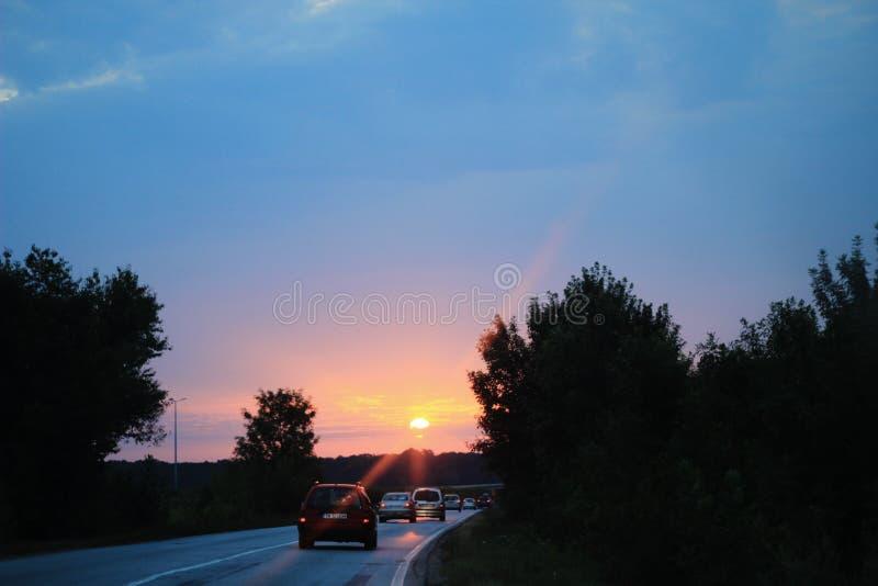 Resa med bilen fotografering för bildbyråer
