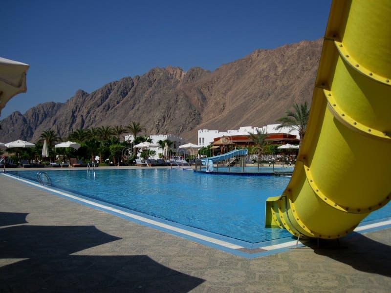 Resbale en la piscina fotografía de archivo