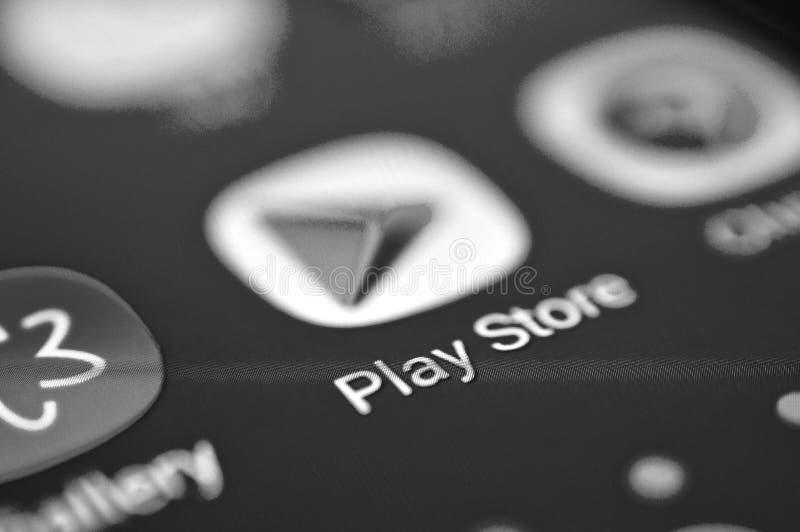 Resen, Macédoine 25 MARS 2019 - icône de magasin de jeu sur un écran de smartphone, fin monochrome vers le haut de photo, DOF peu image libre de droits