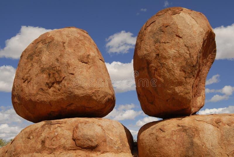 Reserva da conservação dos mármores dos diabos, Terr do norte imagens de stock royalty free