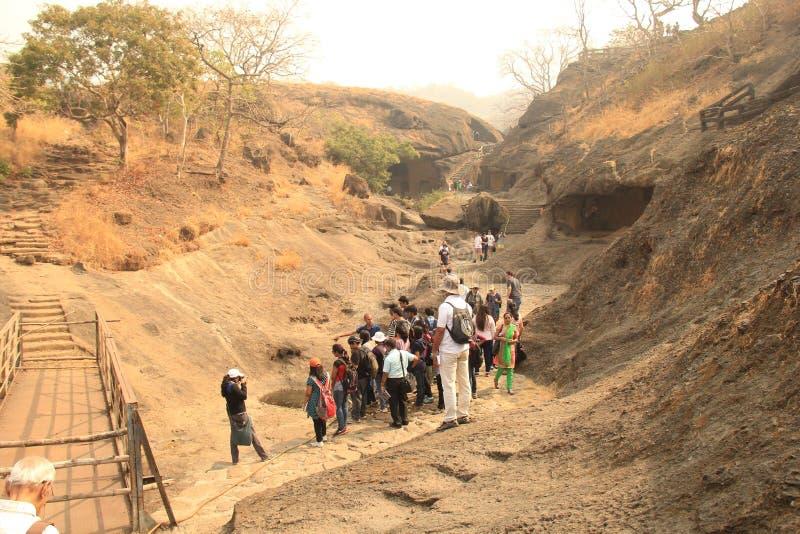 Reserva de agua antigua en las cuevas de Kanhari imágenes de archivo libres de regalías