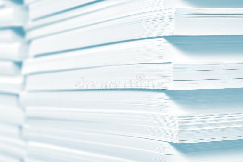 Reserva do papel na casa de impressão imagens de stock