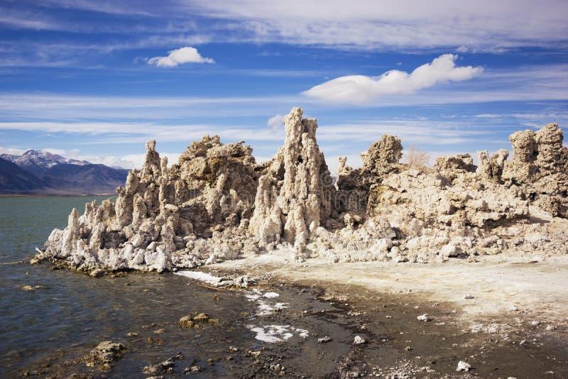 Reserva natural do mono tufo do estado do lago em Califórnia imagens de stock royalty free