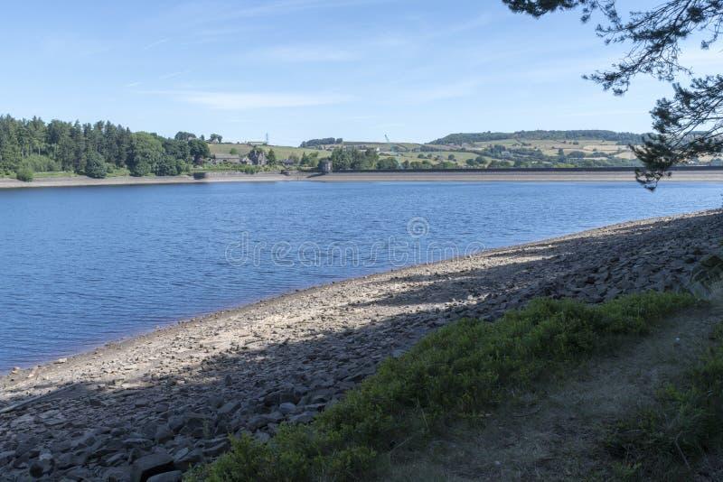 Reservatório de Langsett em South Yorkshire na borda do distrito máximo fotos de stock royalty free