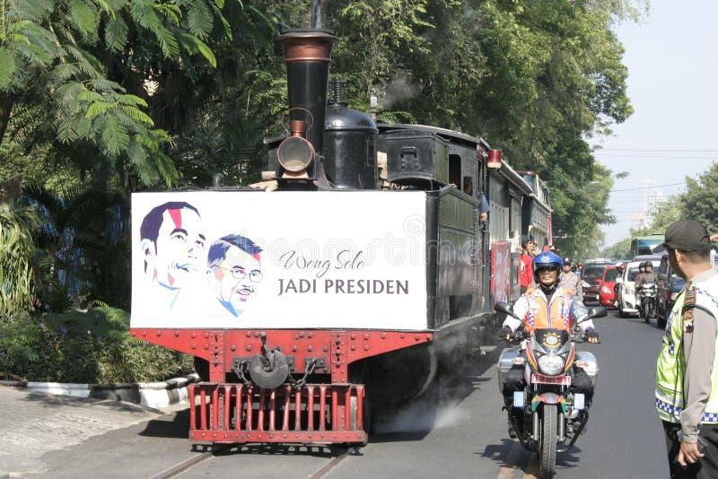 Residentes de la acción de gracias en la elección del presidente de Indonesia Joko Widodo imagen de archivo