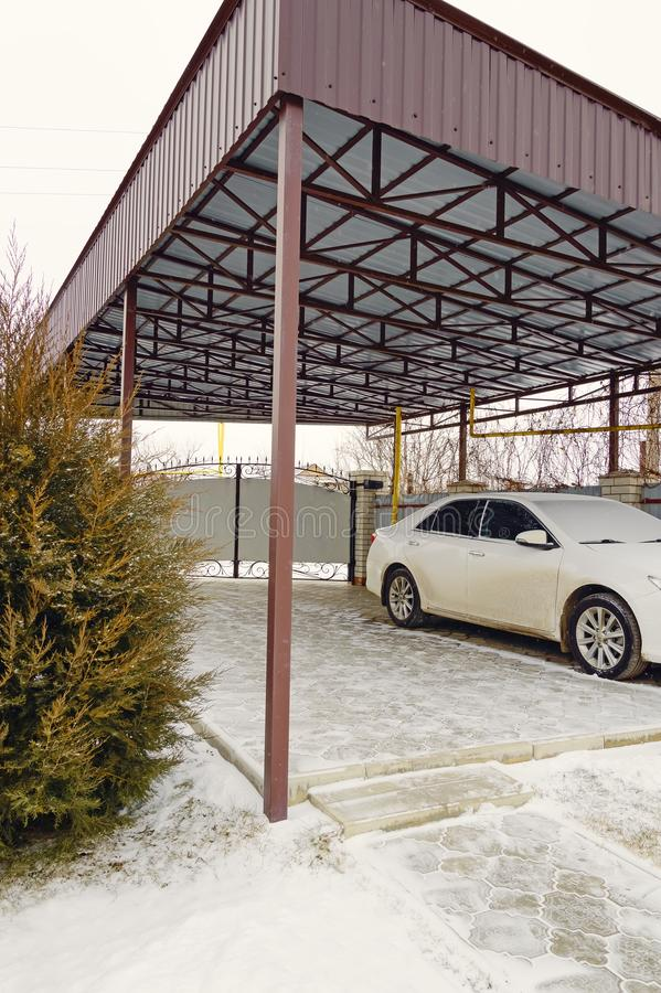 Modern Carport Garage: Modern Carport Car Garage Parking Stock Image