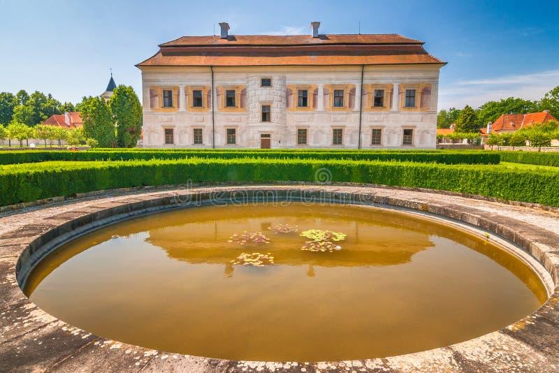 Residenza feudale Kratochvile di rinascita immagine stock libera da diritti