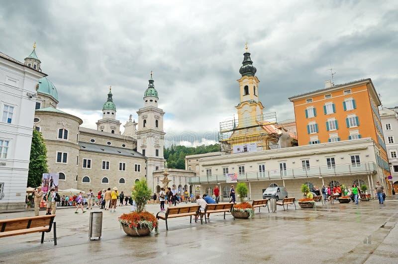 Residenzplatz广场在萨尔茨堡,奥地利。 免版税库存照片