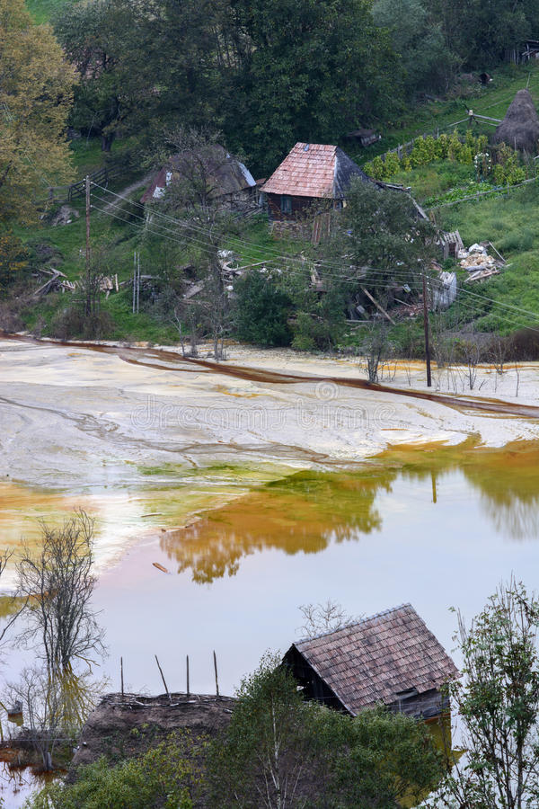 Residual - poluição de água imagens de stock royalty free
