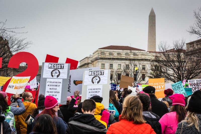 Resista - o março das mulheres - o Washington DC fotografia de stock royalty free