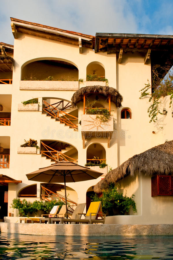 Download Resort Hotel Exterior And Pool Stock Photo - Image: 13513888