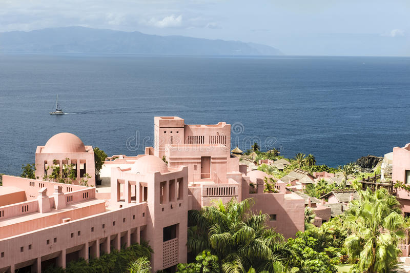 Download Resort And Ocean Royalty Free Stock Photos - Image: 28680778