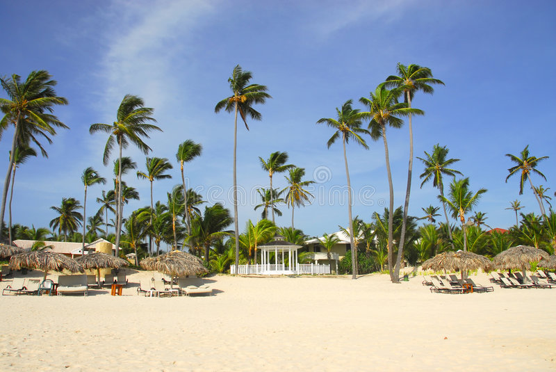 Download Resort To Chapel For Weddings Stock Photography - Image: 6451402