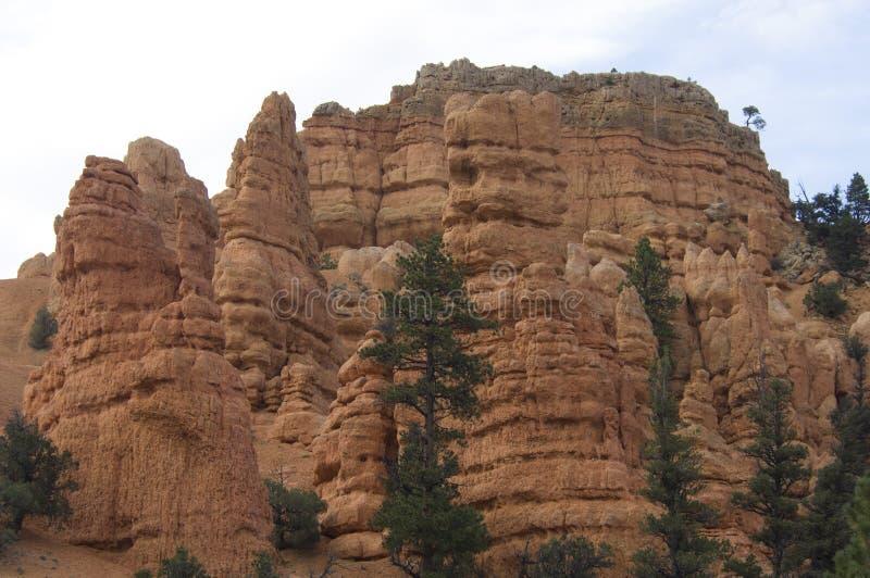 Respektinjagande vagga bildande i Bryce Canyon National Park royaltyfria foton