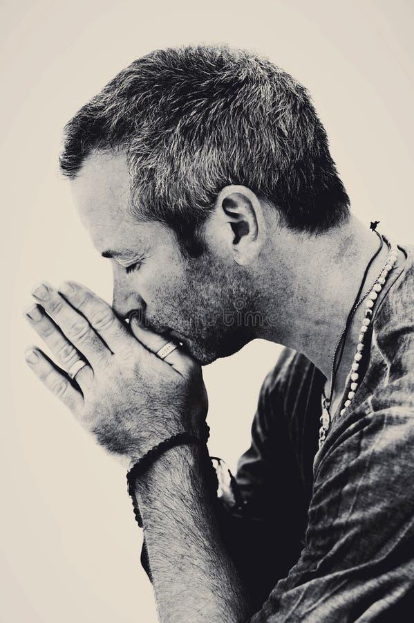 Respiração sagrado do homem da ioga imagens de stock