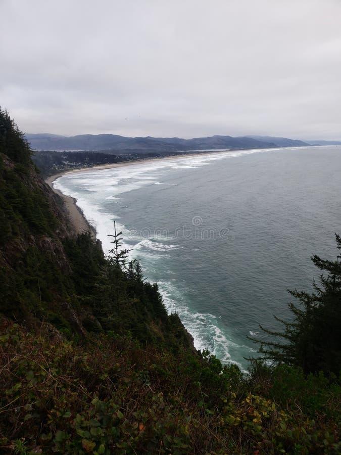 Respiración que toma puntos de la costa de Oregon imagen de archivo