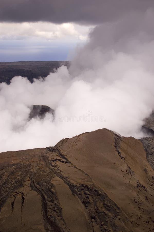 Respiradouro do vulcão de Pu'u O'o no console grande, Havaí fotos de stock