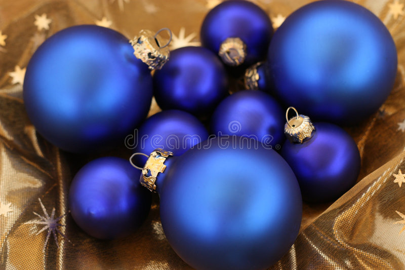 Resplandecer-esferas azuis fotografia de stock royalty free
