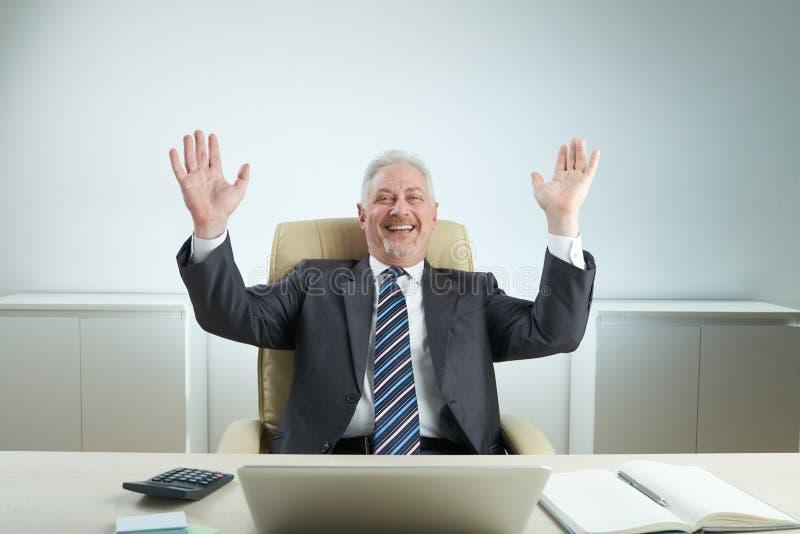 Responsabile allegro Celebrating Success immagini stock