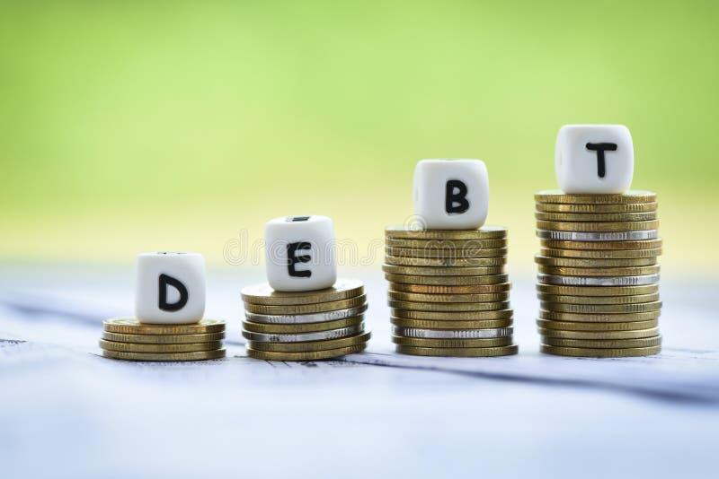 Responsabilidades de Ncreased do conceito da consolidação de débito da isenção do risco da crise financeira e dos problemas fotos de stock