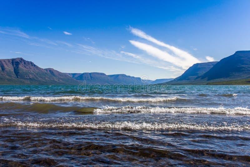 Ressac sur le lac lama image libre de droits