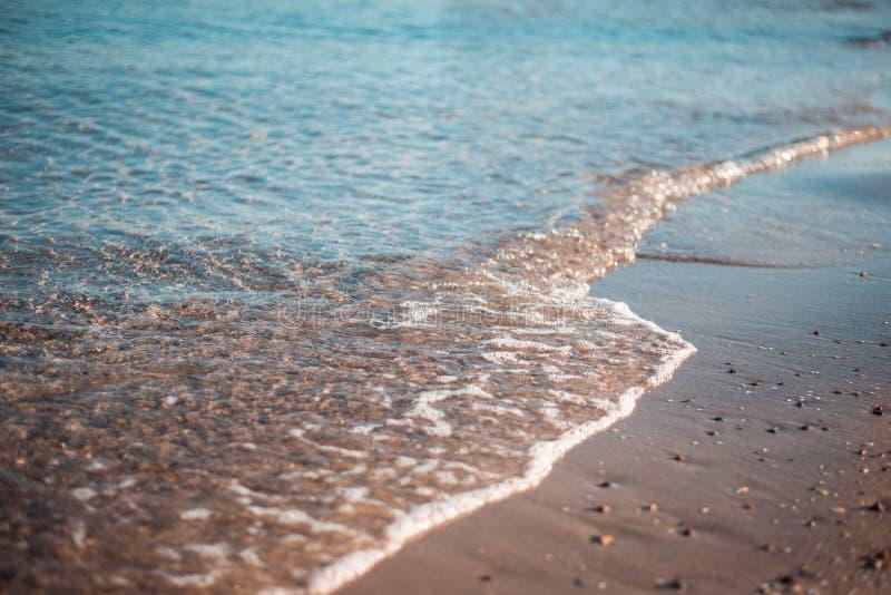 Ressaca calma da noite no Mar Negro fotografia de stock royalty free