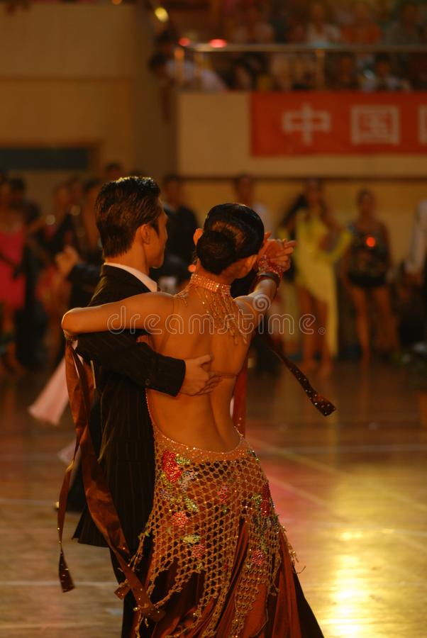 Ressortissant élégant de danse de norme internationale de la de retour-Chine Nan-Tchang ouvert images libres de droits