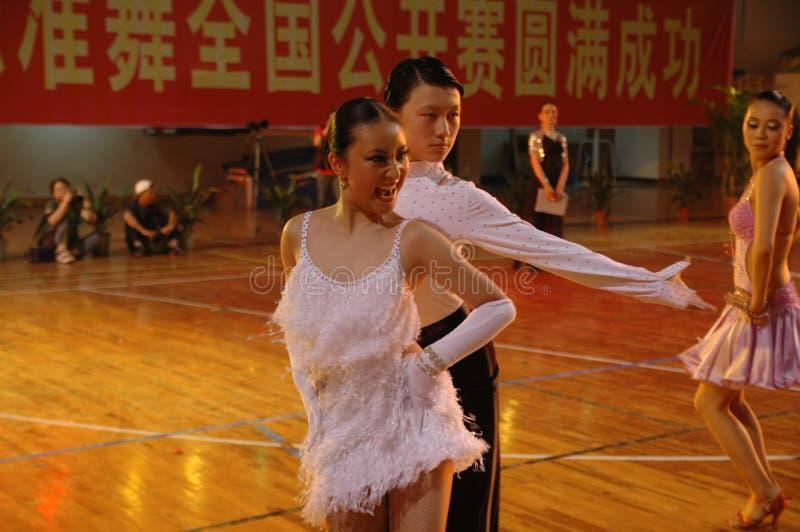 Ressortissant de danse de norme internationale de la Chine Nan-Tchang d'enthousiasme ouvert photographie stock libre de droits